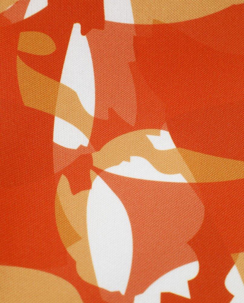 """Détail de la nappe """"Damier rouge"""". Imprimée sur polyester recyclé."""