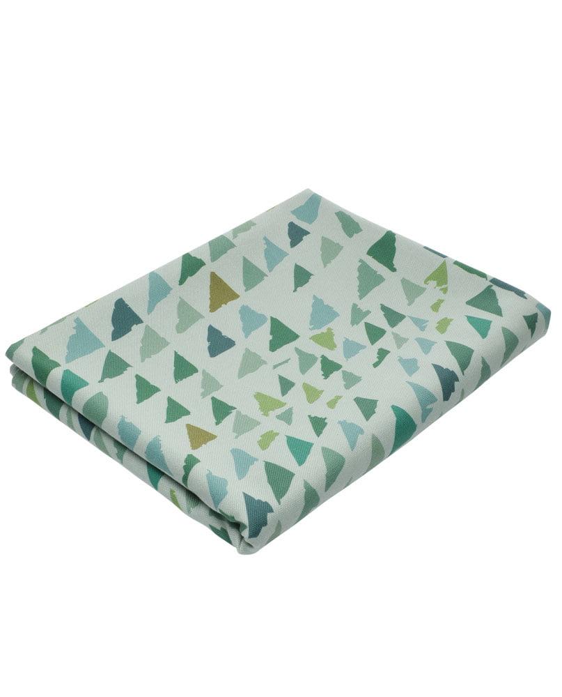 """Nappe """"Forêt-lichen"""" pliée. Imprimée sur polyester recyclé."""